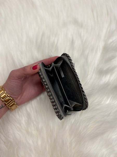Chains Away Wallet