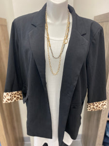 Curvy Girl (Plus Size) Black Leo Blazer