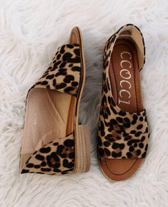 Sassy animal print cutout Flats