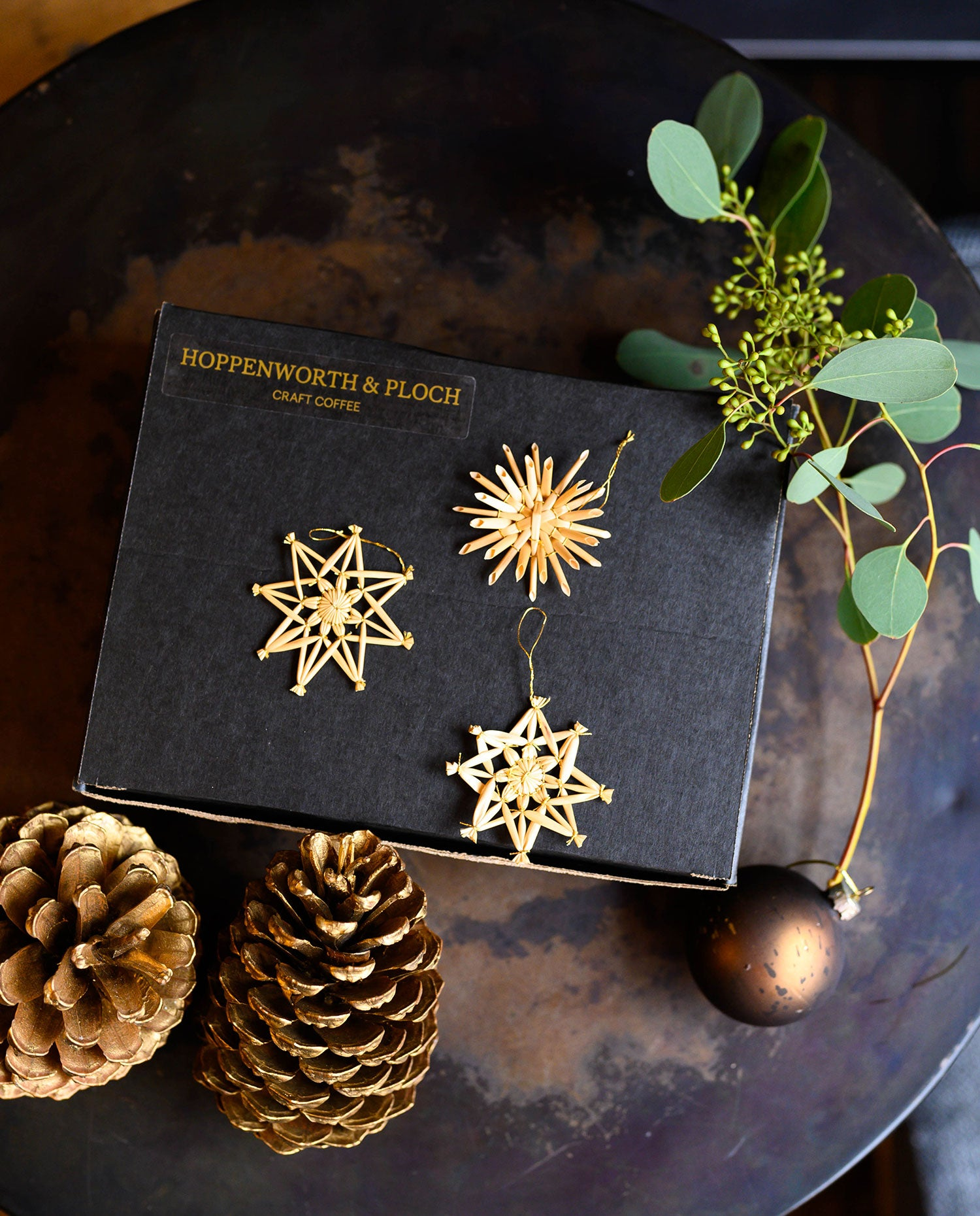Christmas Box by Hartmud Studio and Hoppenworth & Ploch