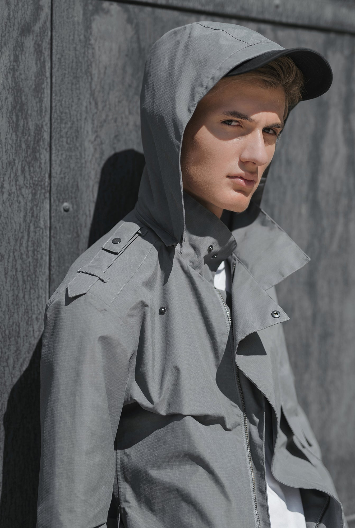 ZIPPER TRENCH COAT - grey raincoat for men