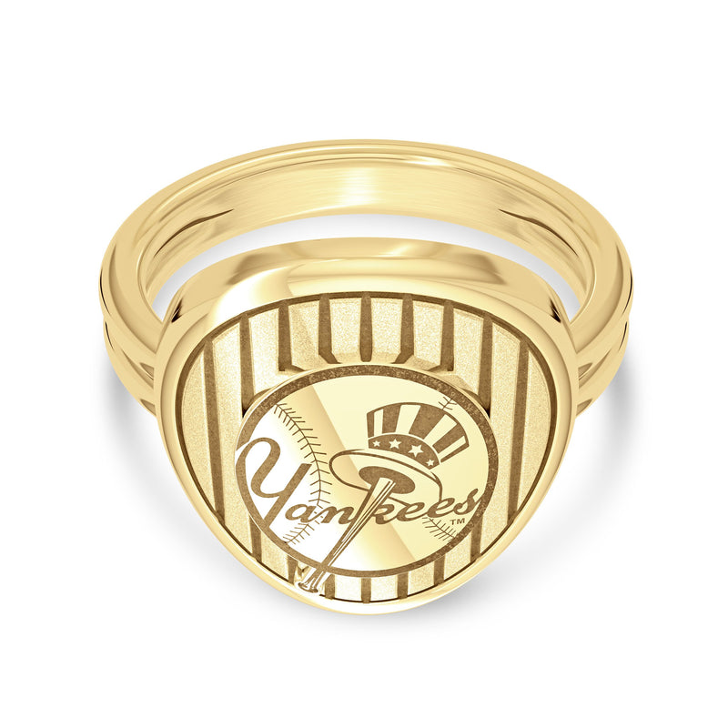 New York Yankees Small Hat Logo Double Band Ring In 14K Yellow Gold