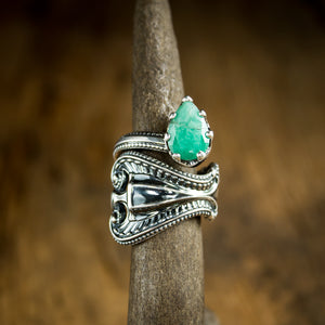 Sterling Silver Antique Spoon Ring set with Natural Emerald - Original Jewelry by Kristin Ellis