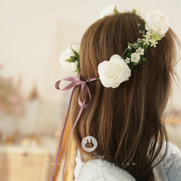 arim closet flower crown in cream