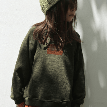 stamp sweatshirt in olive