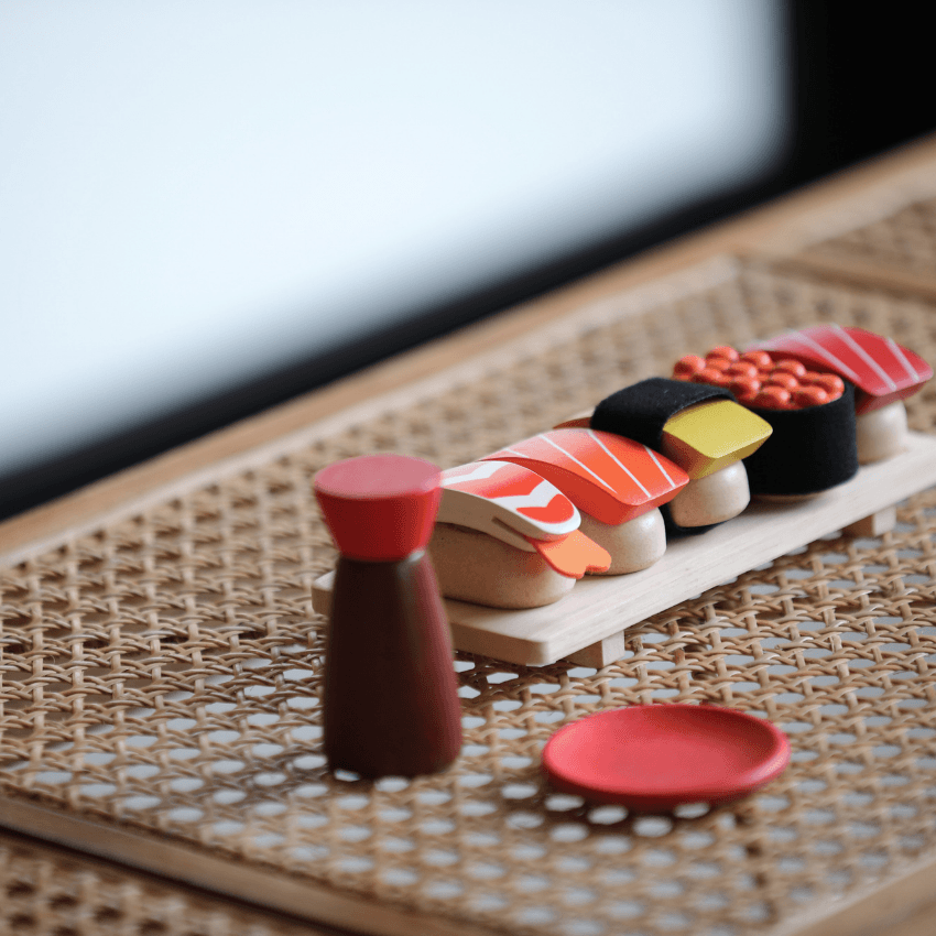 Plan Toys sushi set complete ready to eat on table