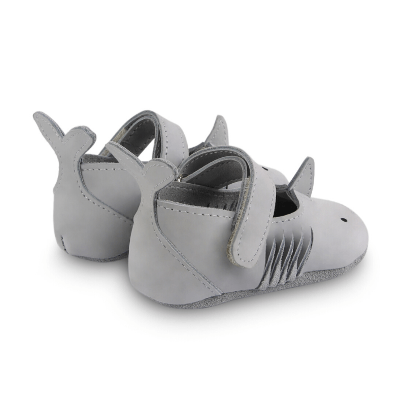 donsje amigu leather baby shoes shark back view