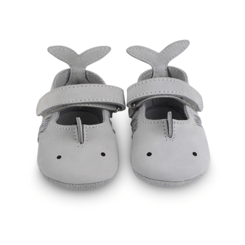 donsje amigu leather baby shoes shark front view