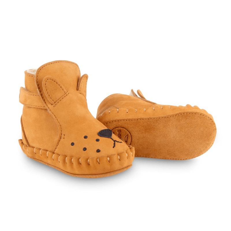 Kapi Shearling Leather Baby Boots, Lion