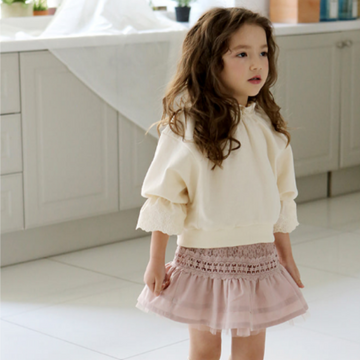 flo frill top in cream (8)