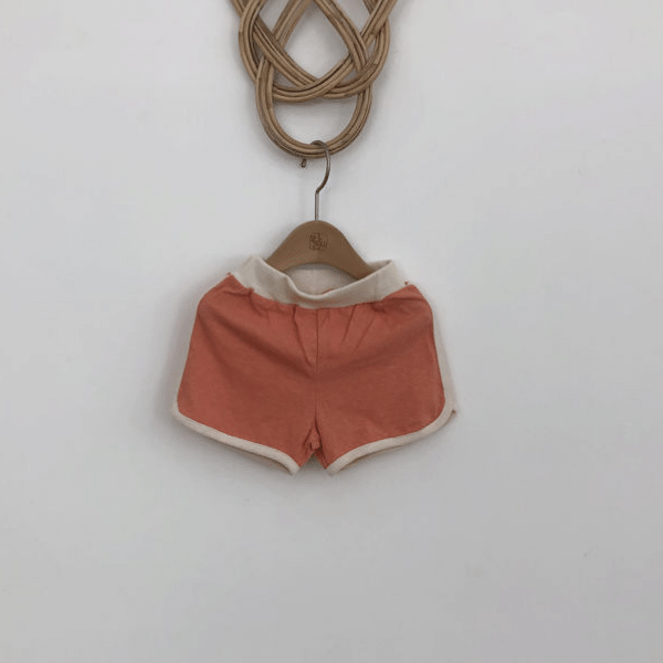 lala retro shorts in orange