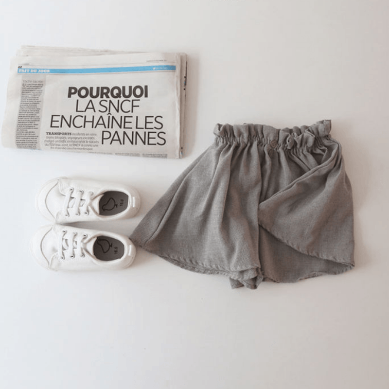 parisian shorts, brown