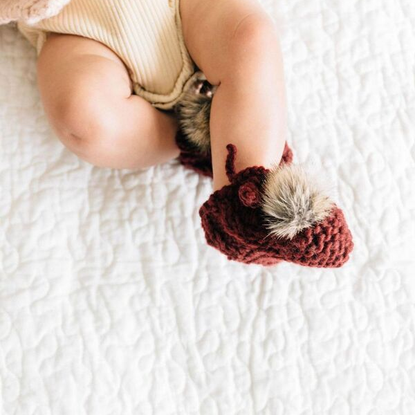 newborn booties with pom, pink
