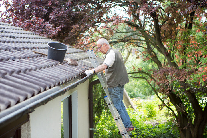 Keeping your Downspout Free from Debris