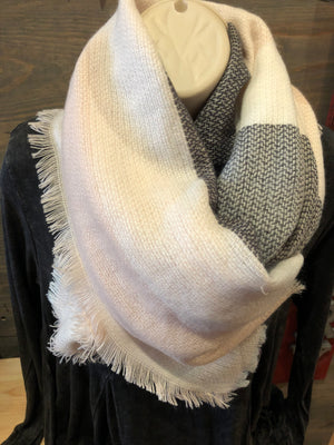 Scarf - Small blanket scarf
