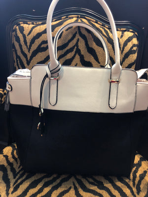 Purse - Black and White Diophy