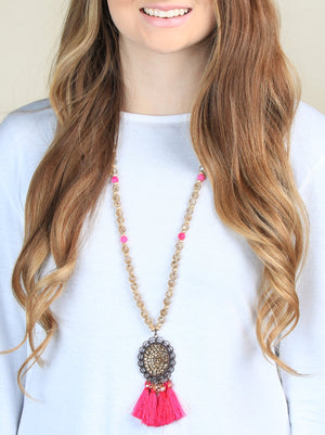 Kyla's Beige and Hot Pink Necklace