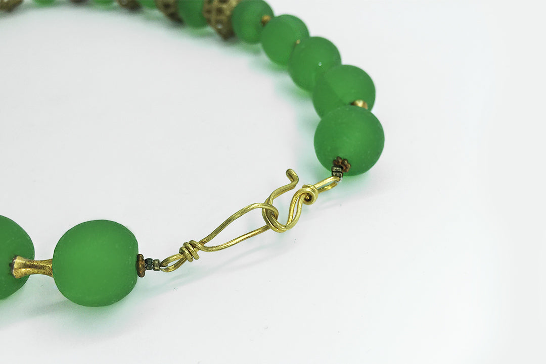Necklace Green Gold Balls