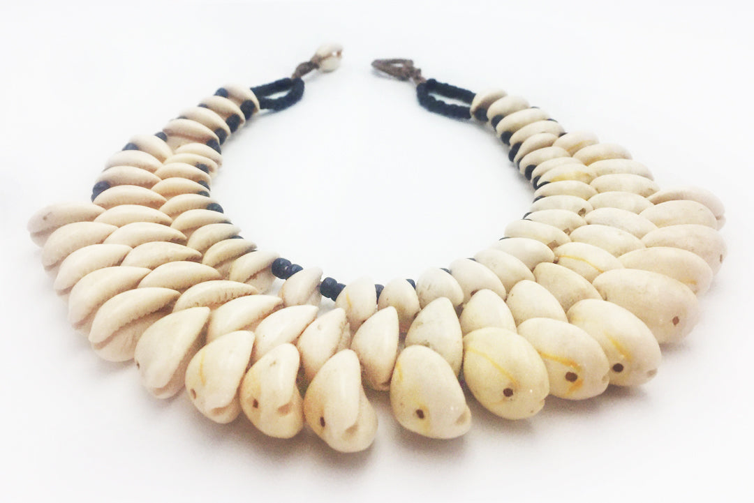 Necklace White Curly Shells