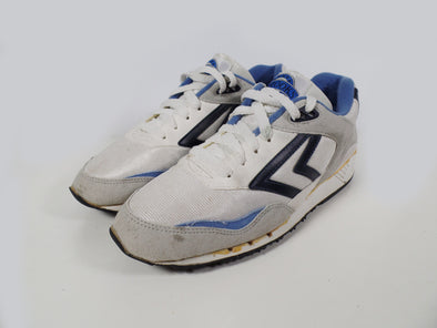 retro sneakers - vintage sneakers - Brooks