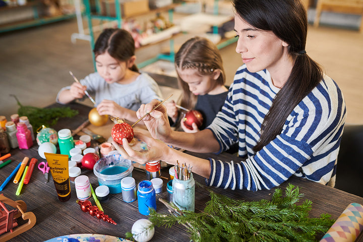 Easy Holiday Craft Ideas for Building Family Memories