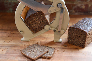 100% Rye with Seeds - 8 Slices
