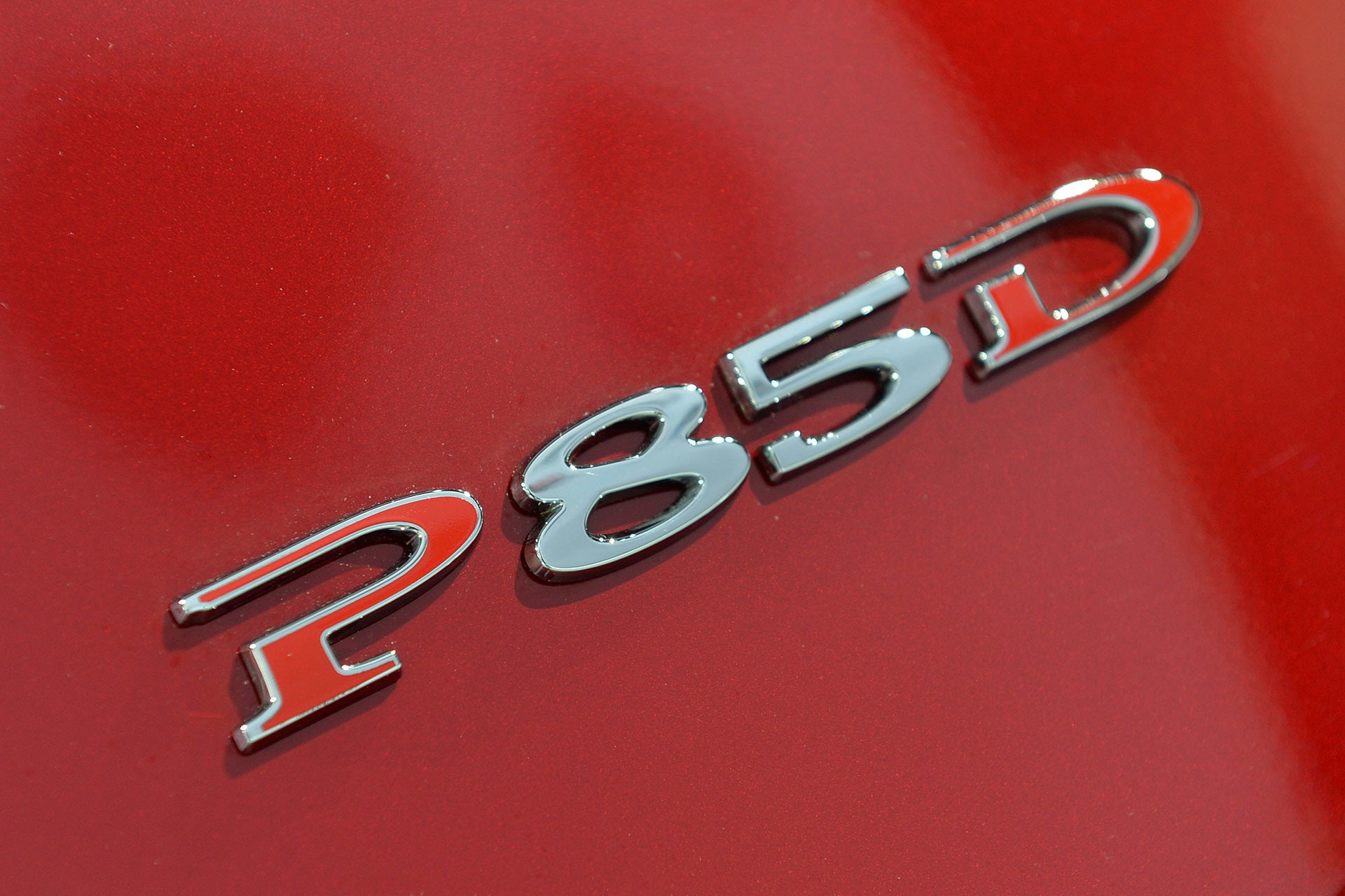 P85D Rear Badge