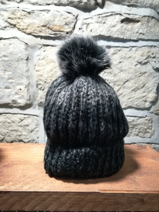 Carbone Chenille Pom Pom Hats