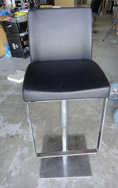 EQ3 3020-205-34 HIGH BACK ADJUSTABLE HEIGHT BAR STOOL (Used) ***READ***
