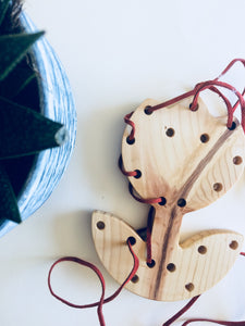 Tulip Lacing Board