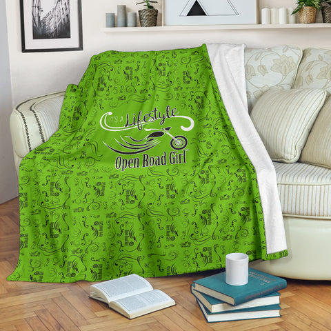 GREEN Open Road Girl Scatter Regular Design