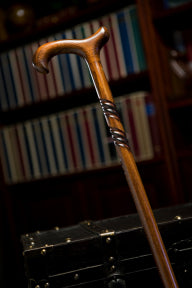 Triple Twist Men's Derby Wood Walking Cane | Scorched Cherry 36