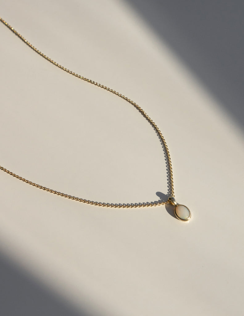 Cosma Necklace 04