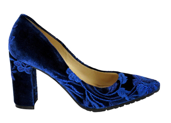 L'Arianna Velvet Blue Pump - Tiramisu Shoes