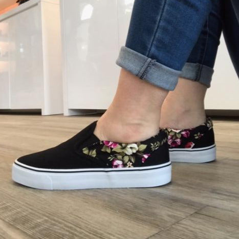 Black/Flowers Sneakers - Tiramisu Shoes