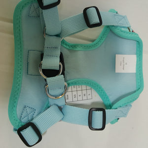 Wrap & Snap Choke-Free Dog Harness | Surfboards Pattern