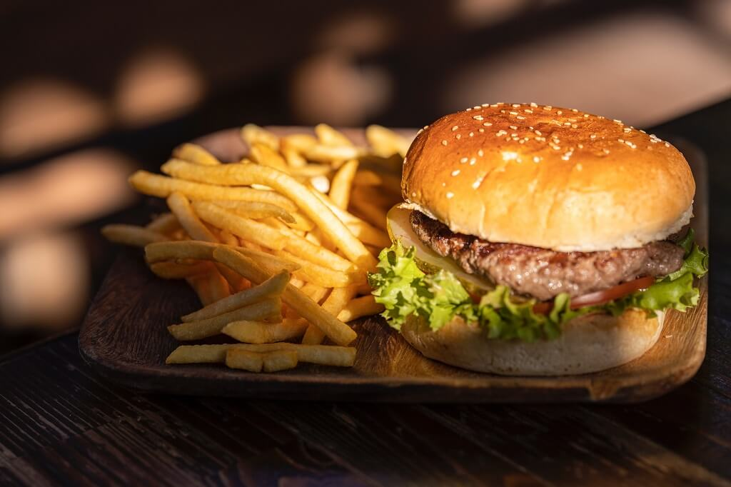 Hamburger and fries to avoid for gut health
