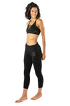 Ultra-Soft Echo Cropped Leggings featuring ScrunchTech™