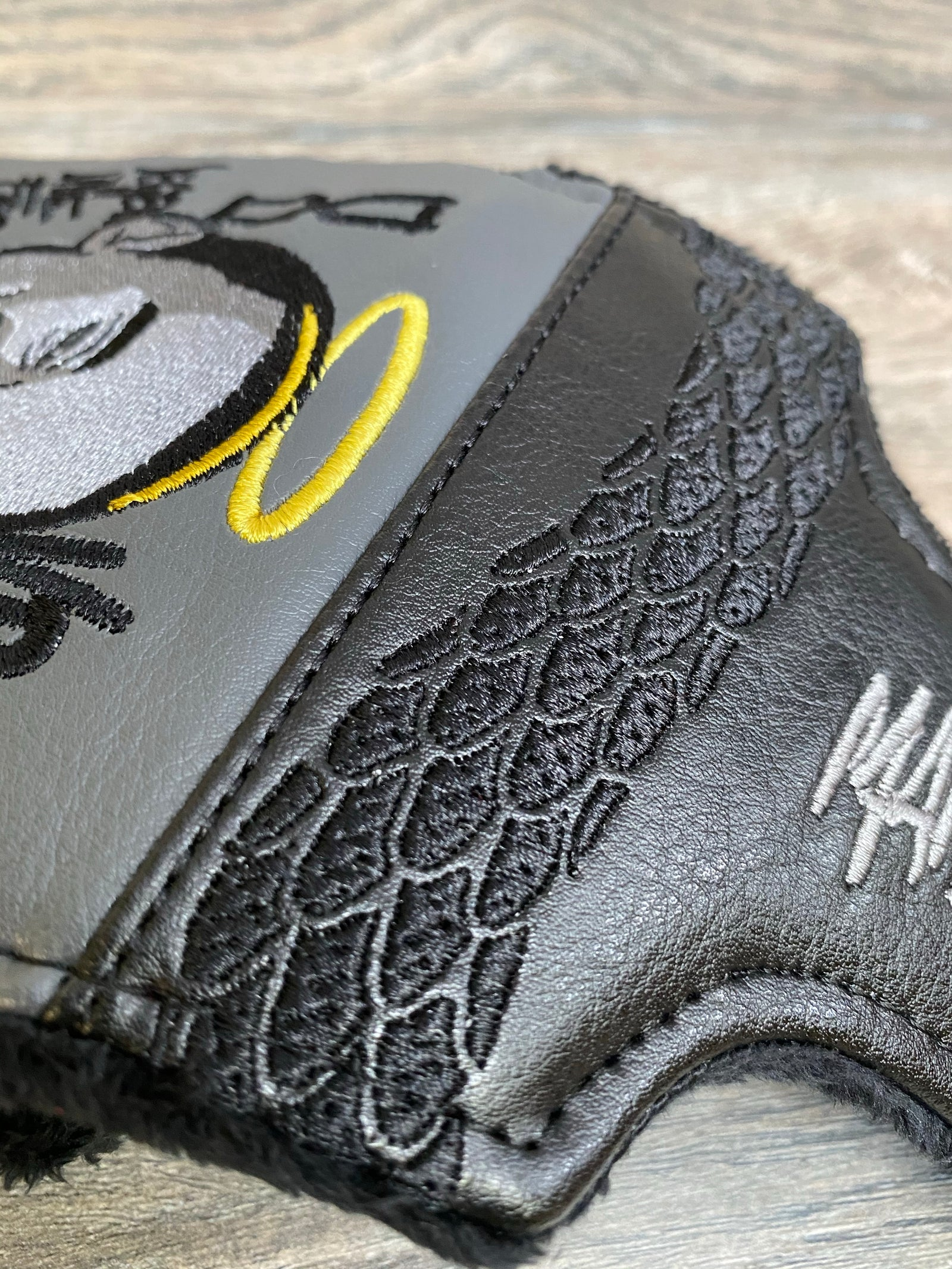 Kobe Large Mallet Putter Cover
