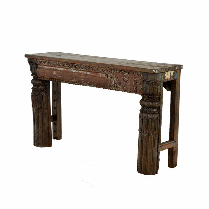 Mae10 carved console