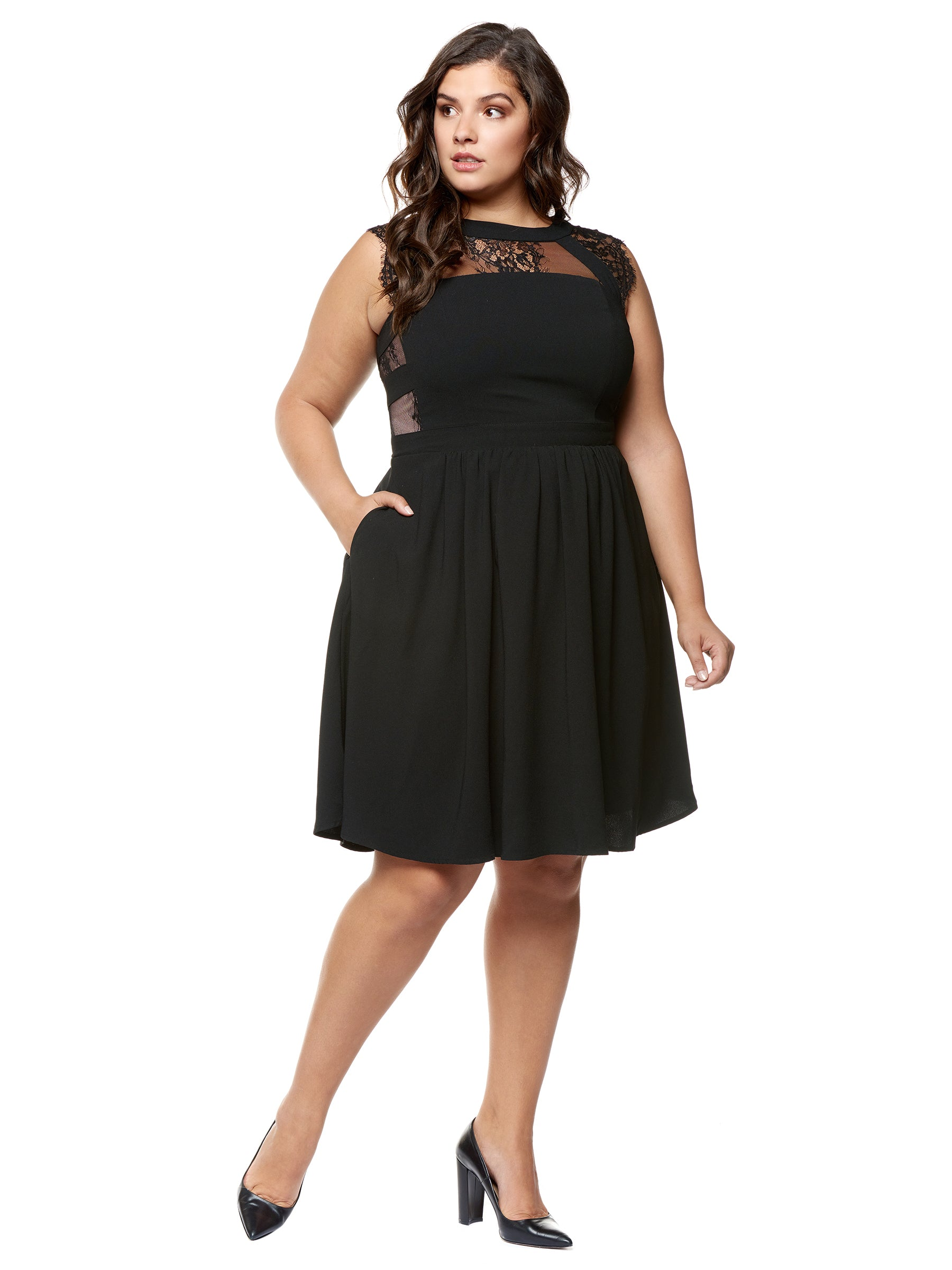 Plus Size Black Sleeveless Lace Dress