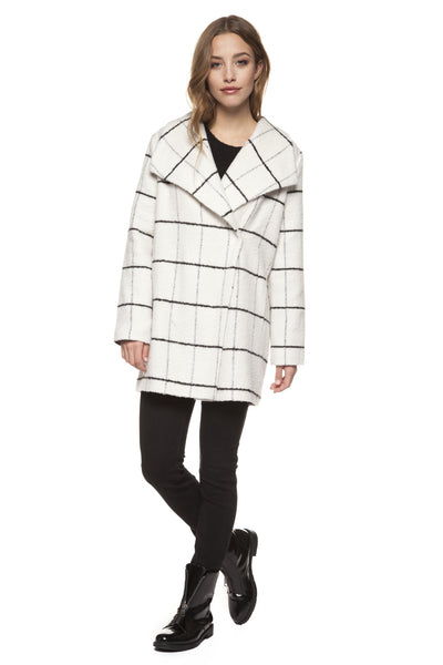Wide Collar Cream/Black Plaid Coat