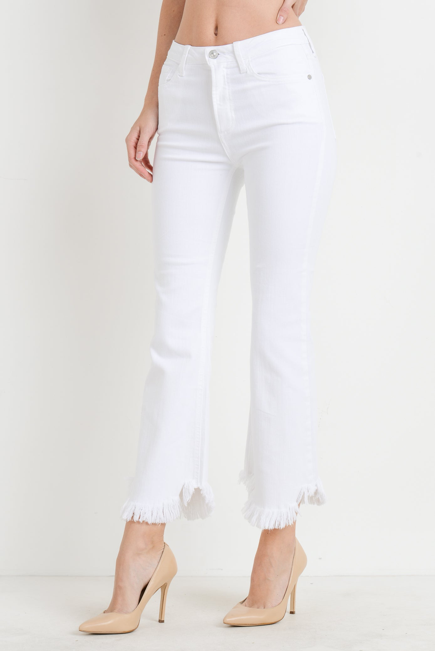 High Rise Skinny Crop Jeans with Curve Frayed Hem