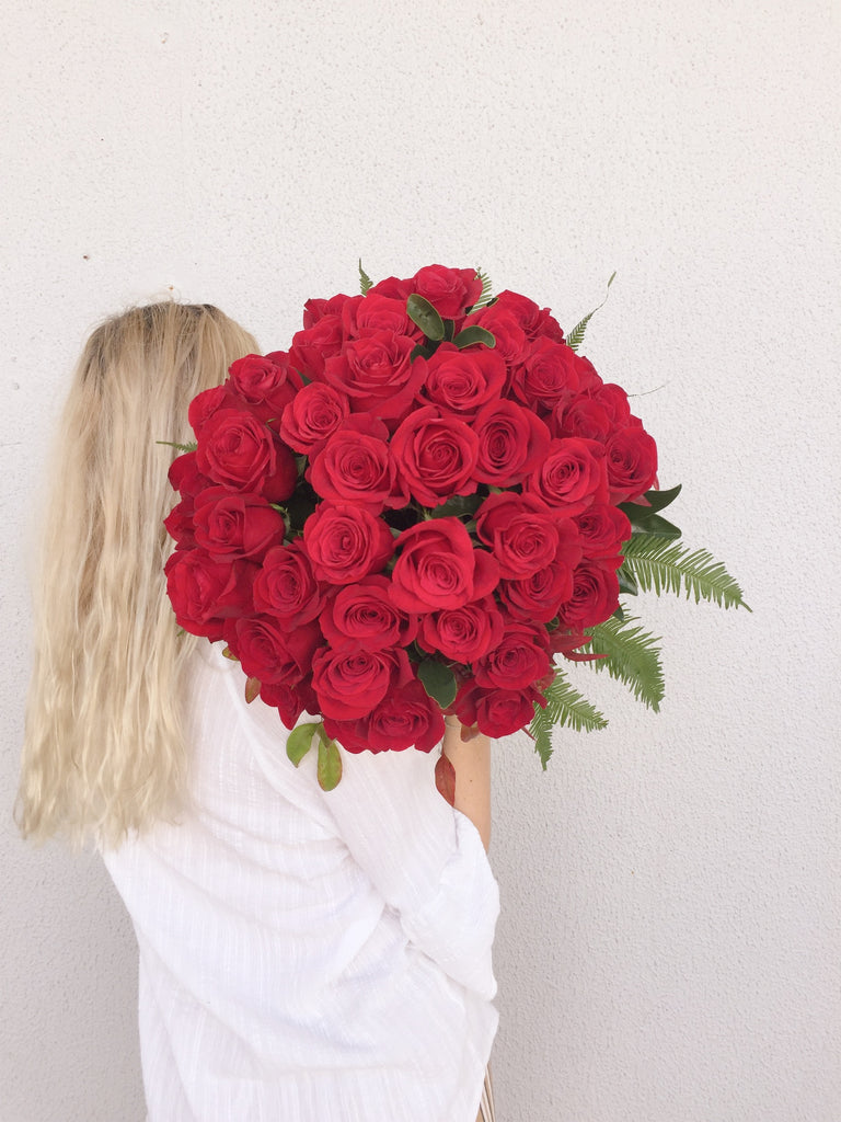 Maple Flowers Coolum | Online Florist | Rose flowers available