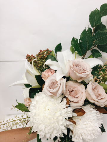 florist-coolum-beach-bouquet-delivered-caloundra-peregian-springs-minyama-twin-waters