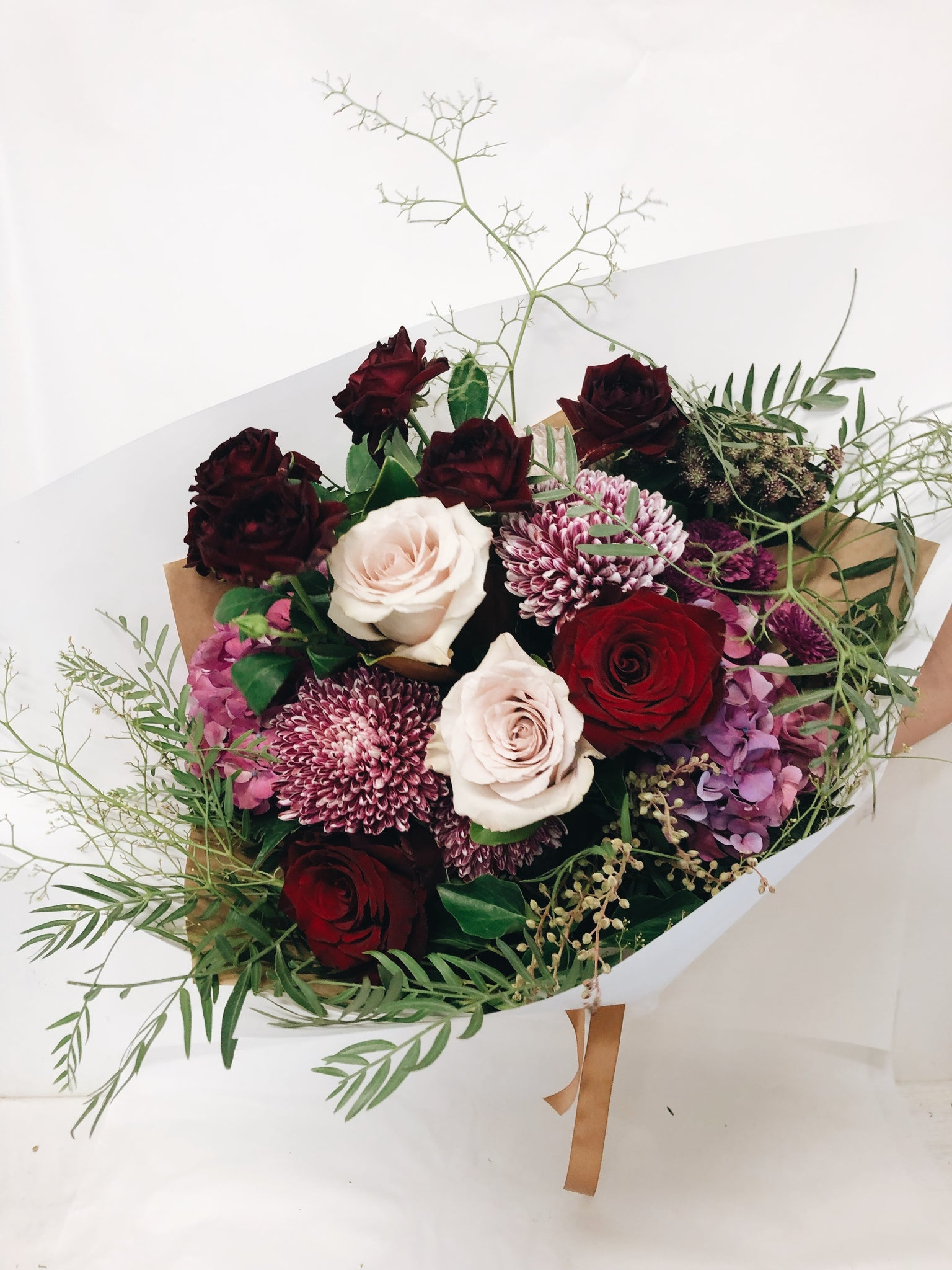 Valentines day flowers gifts hampers day roses romantic bouquet Sunshine Coast delivery Coolum Beach Peregian spring perigian beach Maroochydore buderim noosa florist