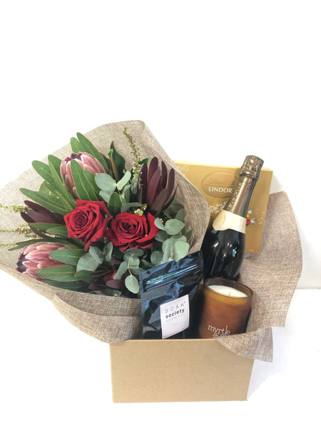 Valentines Gift hamper chocolates wine flowers roses delivered Sunshine Coast