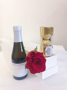 Single Red Rose Presentation Valentines gift pack