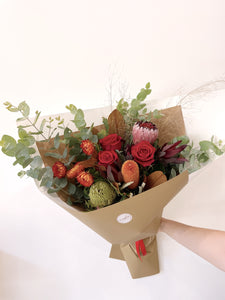 native flowers red roses valentines deliver Noosa Buderim Maroochydore Peregian