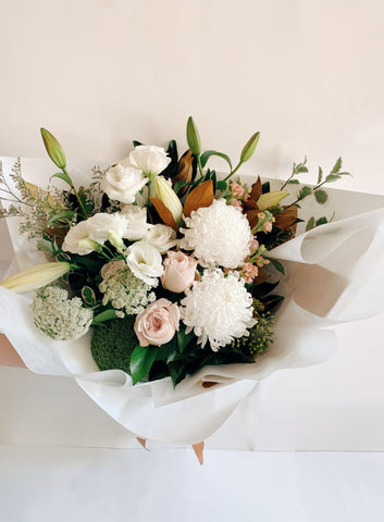 Buderim Florist Buderim flower delivery bouquet Maroochydore Coolum Beach florist Noosa Yaroomba Ninderry Sunshine Coast flowers bouquet Marcoola Peregian beach Peregian Springs sunshine beach Marcus Beach Tewantin Noosaville Noosa Heads roses natives Lilys proteas Kawana Caloundra Birtinya Sippy Downs Mountain Creek cotton tree pacific paradise twin waters Mount Coolum hamper pamper pack Roses romantic  flowers florist chocolate